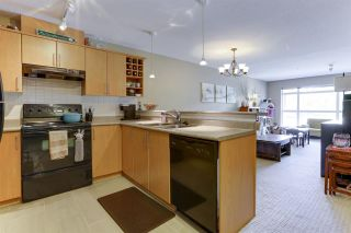 """Photo 10: 213 3142 ST JOHNS Street in Port Moody: Port Moody Centre Condo for sale in """"SONRISA"""" : MLS®# R2590870"""