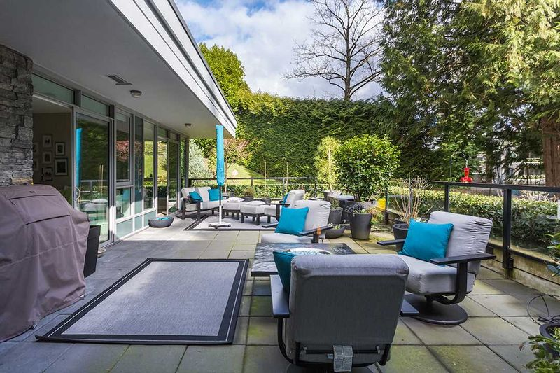 FEATURED LISTING: 202 - 988 KEITH Road West Vancouver