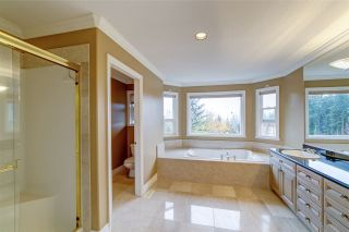 "Photo 18: 211 PARKSIDE Drive in Port Moody: Heritage Mountain House for sale in ""Heritage Mountain"" : MLS®# R2517068"