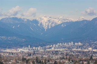 """Photo 2: 2105 4160 SARDIS Street in Burnaby: Central Park BS Condo for sale in """"CENTRAL PARK PLACE"""" (Burnaby South)  : MLS®# R2348050"""