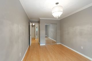 "Photo 1: 114 200 WESTHILL Place in Port Moody: College Park PM Condo for sale in ""WESTHILL PLACE"" : MLS®# R2145634"