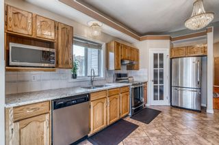 Photo 11: 686 Coventry Drive NE in Calgary: Coventry Hills Detached for sale : MLS®# A1116963