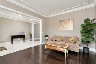 Photo 6: 95 Sarracini Cres in Vaughan: Islington Woods Freehold for sale : MLS®# N5318300