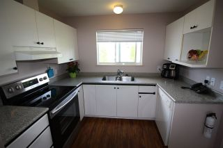 """Photo 5: 11 5630 TRAIL Avenue in Sechelt: Sechelt District Townhouse for sale in """"HIGHPOINT"""" (Sunshine Coast)  : MLS®# R2472370"""