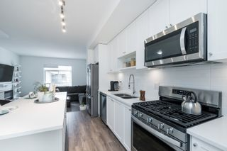 """Photo 6: 26 16678 25 Avenue in Surrey: Grandview Surrey Townhouse for sale in """"Freestyle"""" (South Surrey White Rock)  : MLS®# R2465977"""