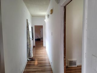 Photo 4: 510 Young Street in Winnipeg: West End Residential for sale (5A)  : MLS®# 202107725