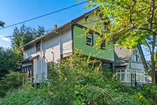 Photo 4: 839 LAKEWOOD Drive in Vancouver: Hastings House for sale (Vancouver East)  : MLS®# R2617630