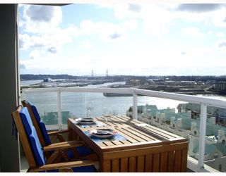 """Photo 2: 1204 1135 QUAYSIDE Drive in New Westminster: Quay Condo for sale in """"ANCHOR POINTE"""" : MLS®# V796798"""
