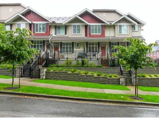 """Photo 1: 2 3009 156TH Street in Surrey: Grandview Surrey Townhouse for sale in """"KALLISTO"""" (South Surrey White Rock)  : MLS®# F1327261"""