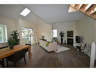 """Photo 1: 302 825 W 15TH Avenue in Vancouver: Fairview VW Condo for sale in """"THE HARROD"""" (Vancouver West)  : MLS®# V1081638"""