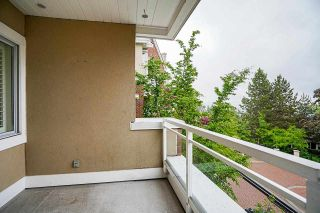 """Photo 32: 512 5262 OAKMOUNT Crescent in Burnaby: Oaklands Condo for sale in """"ST ANDREW IN THE OAKLANDS"""" (Burnaby South)  : MLS®# R2584801"""