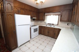 Photo 6: 2324 20th Street West in Saskatoon: Meadowgreen Residential for sale : MLS®# SK870226