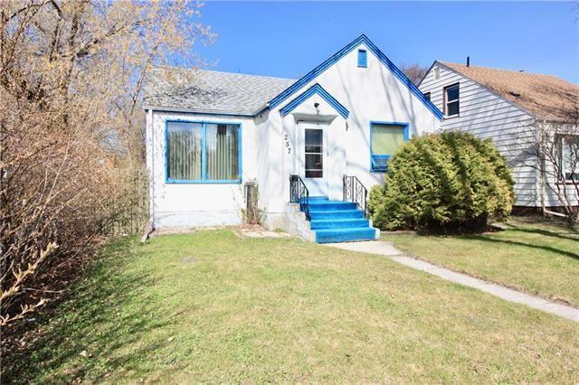 Main Photo: 257 Helmsdale Avenue in Winnipeg: East Kildonan Residential for sale (3D)  : MLS®# 1911852