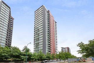 "Photo 18: 801 918 COOPERAGE Way in Vancouver: Yaletown Condo for sale in ""THE MARINER"" (Vancouver West)  : MLS®# R2276404"