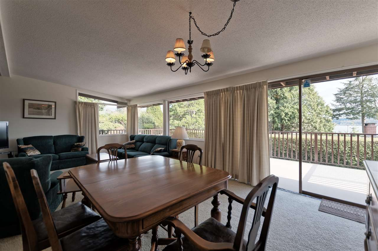 Photo 6: Photos: 2923 EDDYSTONE Crescent in North Vancouver: Windsor Park NV House for sale : MLS®# R2253154