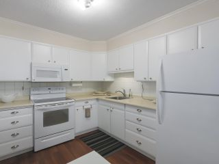 """Photo 10: 801 550 EIGHTH Street in New Westminster: Uptown NW Condo for sale in """"PARKRIDGE"""" : MLS®# R2402744"""
