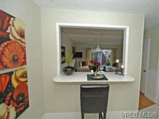 Photo 7: 9 10145 Third St in SIDNEY: Si Sidney North-East Row/Townhouse for sale (Sidney)  : MLS®# 534132