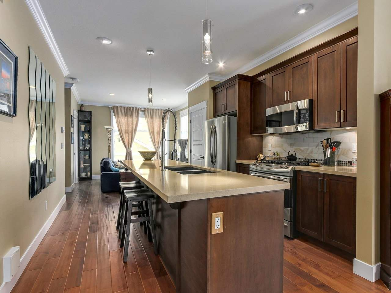 """Photo 5: Photos: 31 17171 2B Avenue in Surrey: Pacific Douglas Townhouse for sale in """"AUGUSTA TOWNHOUSES"""" (South Surrey White Rock)  : MLS®# R2280398"""