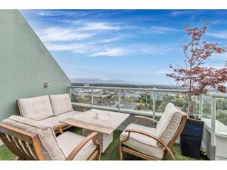 """Photo 27: 2304 10082 148 Street in Surrey: Guildford Condo for sale in """"The Stanley at Guildford Park Place"""" (North Surrey)  : MLS®# R2618016"""