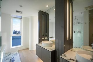 """Photo 17: 2701 1499 W PENDER Street in Vancouver: Coal Harbour Condo for sale in """"WEST PENDER PLACE"""" (Vancouver West)  : MLS®# R2614802"""