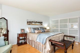 """Photo 16: 5445 185 Street in Surrey: Cloverdale BC House for sale in """"HUNTER PARK"""" (Cloverdale)  : MLS®# R2243893"""