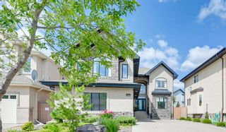 Photo 2: 1228 HOLLANDS Close in Edmonton: Zone 14 House for sale : MLS®# E4251775