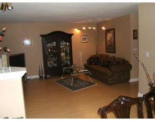 """Photo 6: 2590 PANORAMA Drive in Coquitlam: Westwood Plateau Townhouse for sale in """"BUCKINGHAM COURT"""" : MLS®# V628086"""