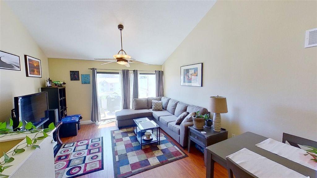 Photo 11: Photos: Condo for sale : 2 bedrooms : 7940 University Ave in La Mesa