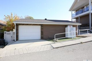 Photo 6: 103-105 Centre Street in Regina Beach: Commercial for sale : MLS®# SK873914