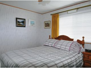 "Photo 5: 11832 PONDEROSA Boulevard in Pitt Meadows: Central Meadows Manufactured Home for sale in ""MEADOW HIGHLAND"" : MLS®# V952847"