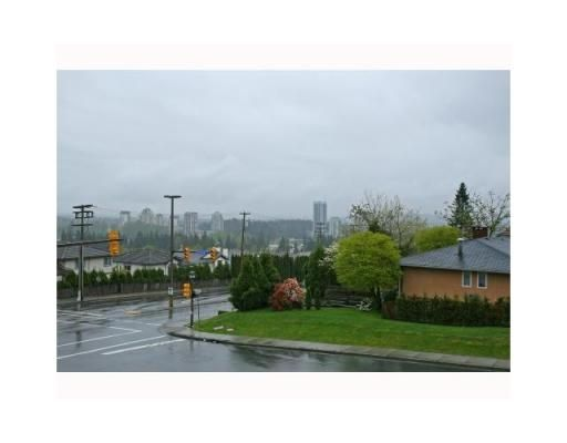 Photo 9: Photos: 2893 DELAHAYE DR in Coquitlam: House for sale : MLS®# V845087