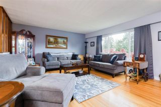 Photo 7: 1665 SMITH Avenue in Coquitlam: Central Coquitlam House for sale : MLS®# R2578794
