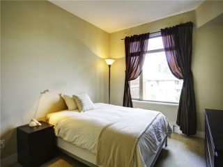 """Photo 9: # 412 2280 WESBROOK MA in Vancouver: University VW Condo for sale in """"Keats Hall"""" (Vancouver West)  : MLS®# V1022648"""