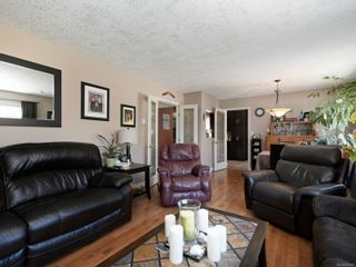 Photo 3: 2139 Firwood Pl in Sooke: Sk John Muir House for sale : MLS®# 870616