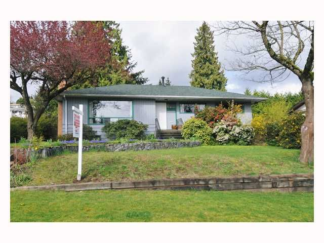 """Main Photo: 1018 RANCH PARK Way in Coquitlam: Ranch Park House for sale in """"RANCH PARK"""" : MLS®# V819201"""