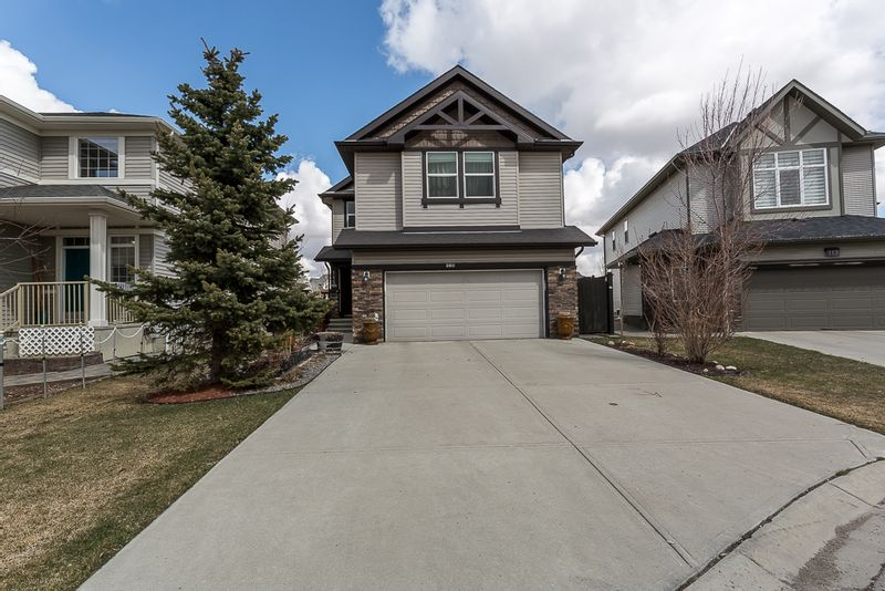 FEATURED LISTING: 115 Drake Landing Cove Okotoks