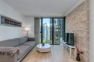 Photo 2: 1606 1331 W GEORGIA Street in Vancouver: Coal Harbour Condo for sale (Vancouver West)  : MLS®# R2575733