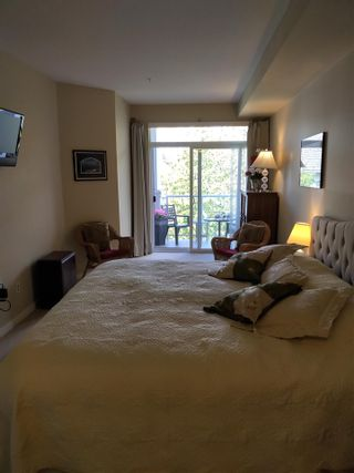Photo 12: 304 15299 17A AVENUE in Surrey: King George Corridor Condo for sale (South Surrey White Rock)  : MLS®# R2576776