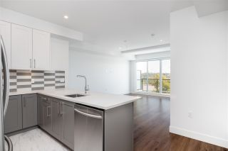 """Photo 3: 501 218 CARNARVON Street in New Westminster: Downtown NW Condo for sale in """"Irving Living"""" : MLS®# R2545873"""