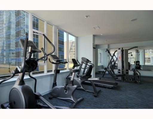 """Photo 8: Photos: 2701 1188 W PENDER Street in Vancouver: Coal Harbour Condo for sale in """"SHAPPHIRE"""" (Vancouver West)  : MLS®# V790032"""