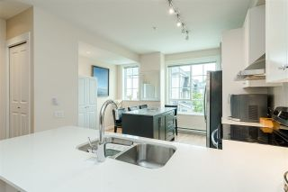 """Photo 10: 68 8438 207A Street in Langley: Willoughby Heights Townhouse for sale in """"YORK By Mosaic"""" : MLS®# R2456405"""