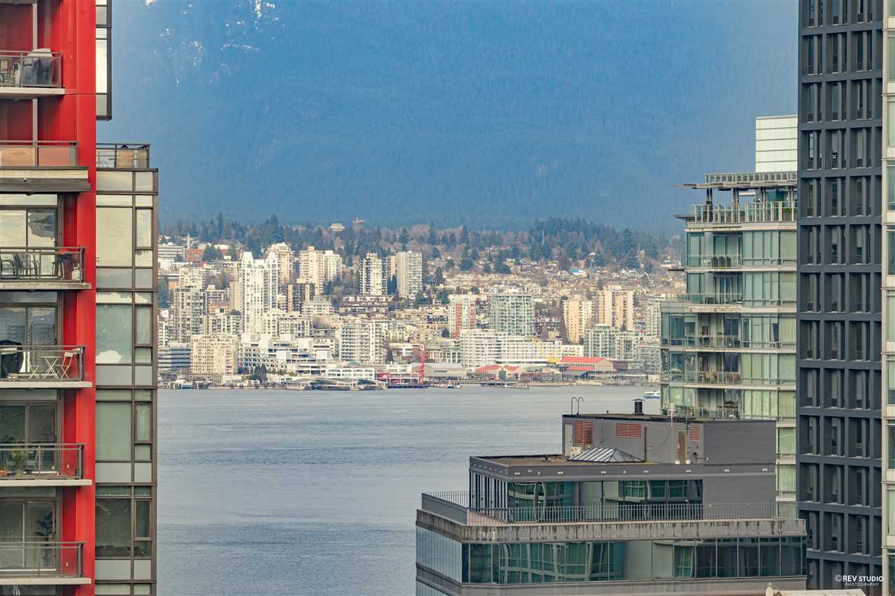 """Main Photo: 1803 1200 W GEORGIA Street in Vancouver: West End VW Condo for sale in """"RESIDENCE ON GEORGIA"""" (Vancouver West)  : MLS®# R2549181"""