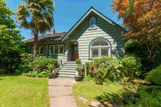 Photo 2: 4515 LANGARA Avenue in Vancouver: Point Grey House for sale (Vancouver West)  : MLS®# R2573120