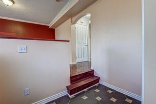Photo 2: 64 Eversyde Circle SW in Calgary: Evergreen Detached for sale : MLS®# A1090737