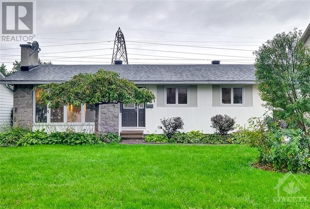 Main Photo: 24 CHARING ROAD in Ottawa: House for sale : MLS®# 1257303