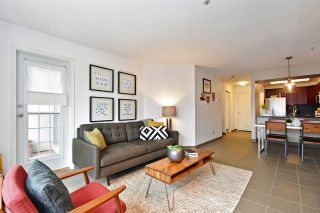 """Photo 5: 104 55 E 10TH Avenue in Vancouver: Mount Pleasant VE Condo for sale in """"ABBEY LANE"""" (Vancouver East)  : MLS®# R2265111"""
