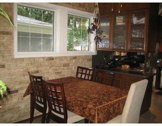 Photo 4: 91 HELMSDALE Avenue in WINNIPEG: East Kildonan Residential for sale (North East Winnipeg)  : MLS®# 2815259