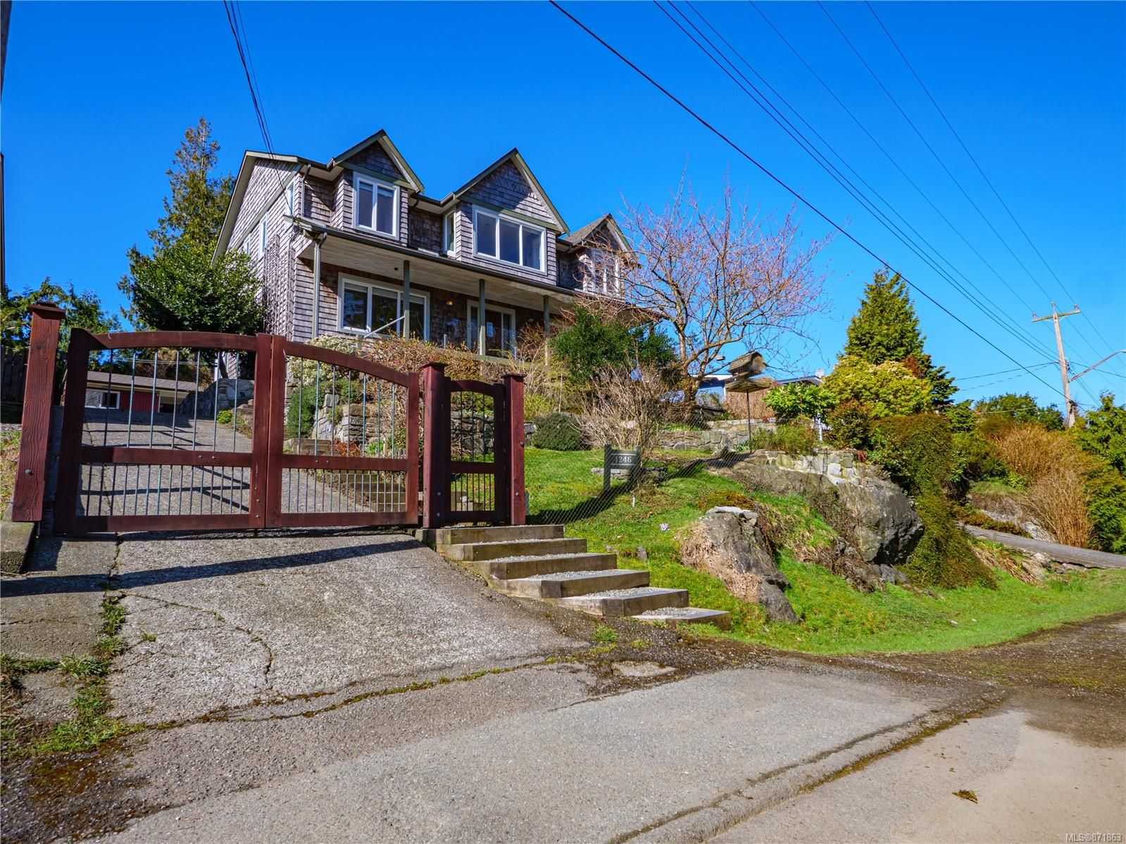 Main Photo: 1246 Helen Rd in : PA Ucluelet House for sale (Port Alberni)  : MLS®# 871863