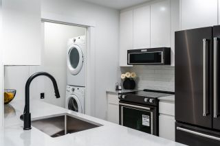 "Photo 4: 608D 2180 KELLY Avenue in Port Coquitlam: Central Pt Coquitlam Condo for sale in ""Montrose Square"" : MLS®# R2529250"