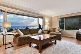 Photo 4: 5036 Lochside Dr in : SE Cordova Bay House for sale (Saanich East)  : MLS®# 858478
